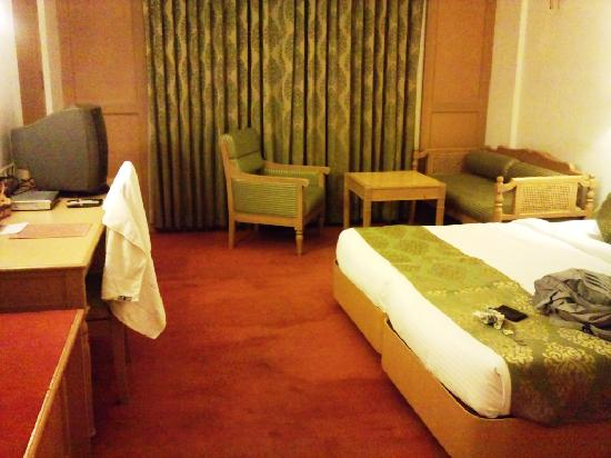 Hotel Abad Plaza: View of the room