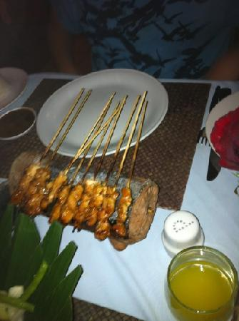 Nelayan Restaurant: satay chicken