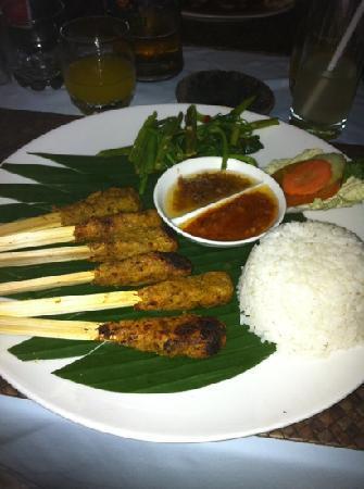 Nelayan Restaurant: satay lilit