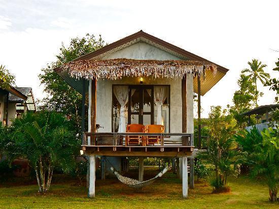 Islanda Hideaway Resort: Ocean Front Bungalow