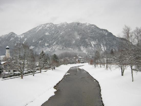 Pension Dedlerhaus: River that runs through Oberammergau