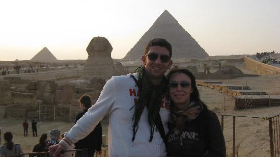 Tut Travels Egypt Day Tours : Giza