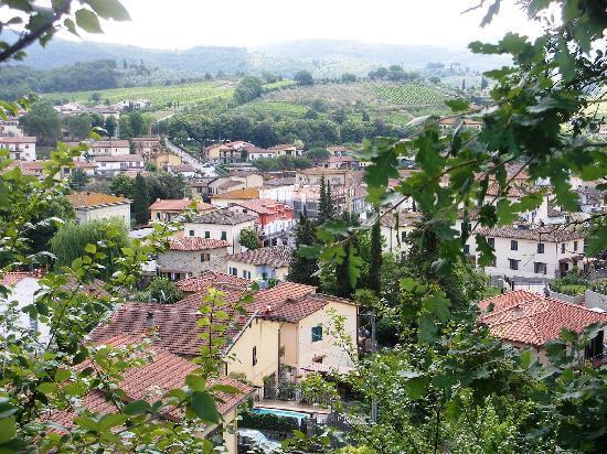 albergo Casa al Sole: The town of Greve