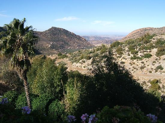 Imouzzer des Ida Outanane, Maroc : View from hotel outside dinig area