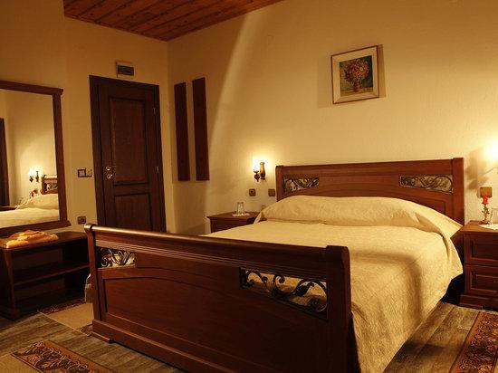 Hotel Dinchova Kushta