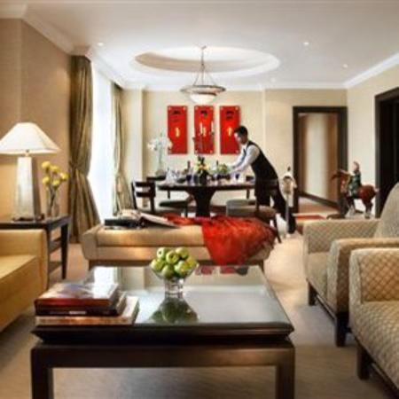 The Ritz-Carlton, Kuala Lumpur: Guest Room
