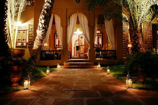 Dar Ayniwen Villa Hotel: Discovery