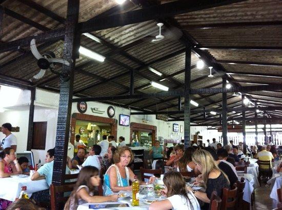 Restaurante Cantinho Legal Da Tia Penha: picture of inside