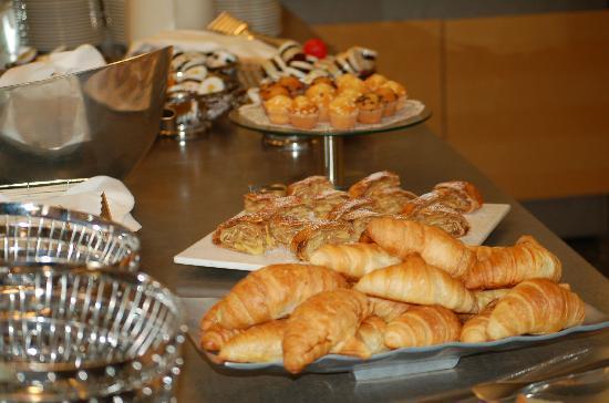 Hotel Viennart am Museumsquartier: Breakfast