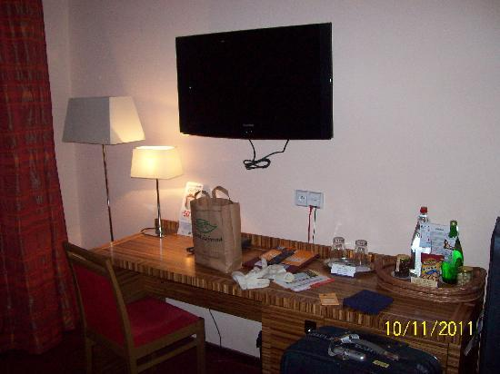 EA Hotel Sonata: Tv