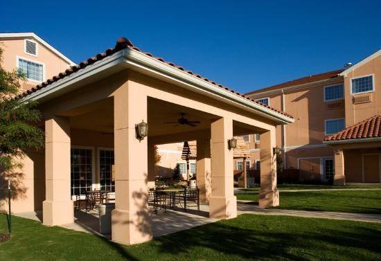 TownePlace Suites San Antonio Northwest: Patio