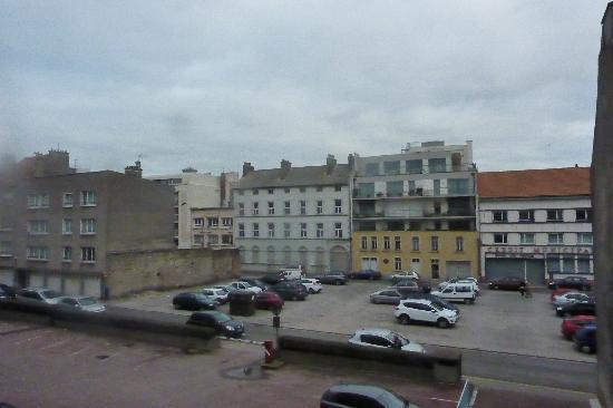 Hotel de Londres : vue depuis la fenêtre de la chambre 6