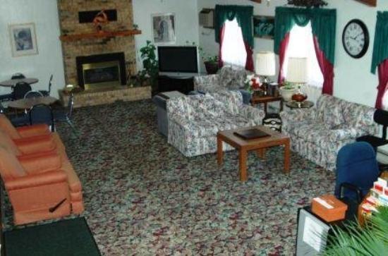 America's Best Inn - Stewartville: Main Lobby
