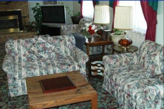 America's Best Inn - Stewartville: New Lobby