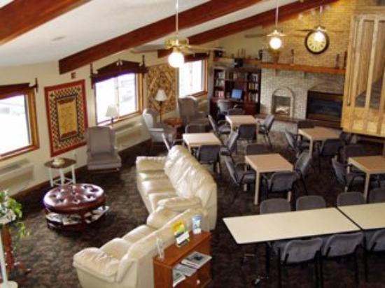 Ladysmith Motel and Suites: Lobby
