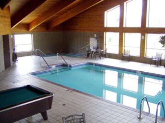 Ladysmith Motel and Suites: Pool