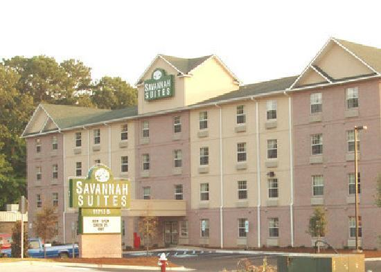 InTown Suites Newport News City Center: Exterior - Savannah Suites Newport News