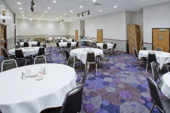 The Broad View Inn & Suites: Banquet Hall