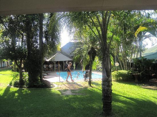 Tzaneen Country Lodge : Ook een zwembad ontbreekt niet