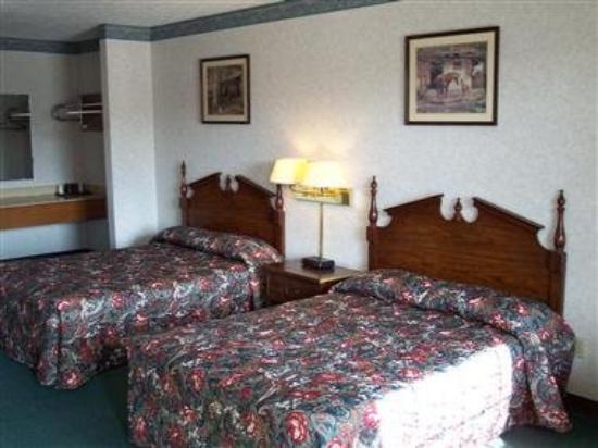 Americas Inn Bardstown: Room