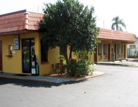Gulfway Inn: Exterior