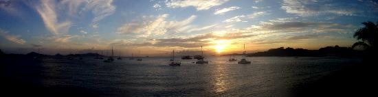 Isthmus Travel Panama : Sunset on the Amador Causeway