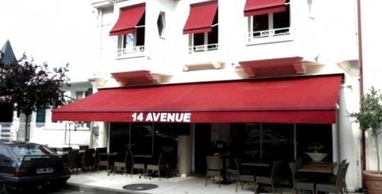 14 Avenue : Front