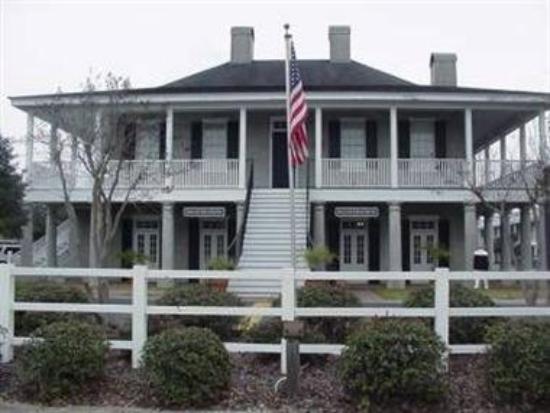 Carolinian Inn: Exterior