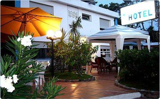 Photo of Alpes Hotel Punta del Este
