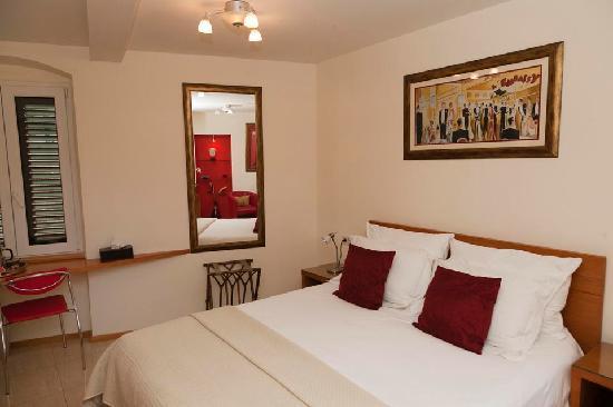 Zephyrus Boutique Accommodation: double room
