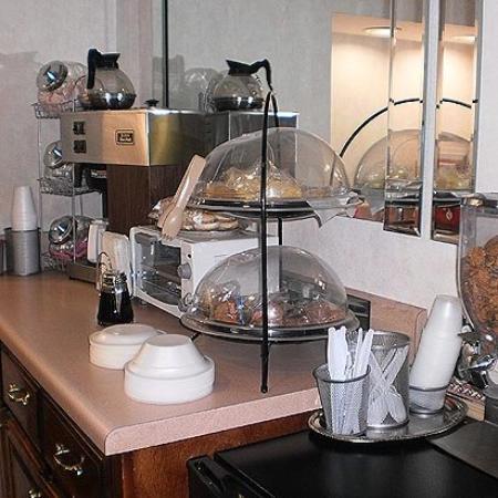 Executive Inn and Suites Covington: Restaurant (OpenTravel Alliance - Restaurant)