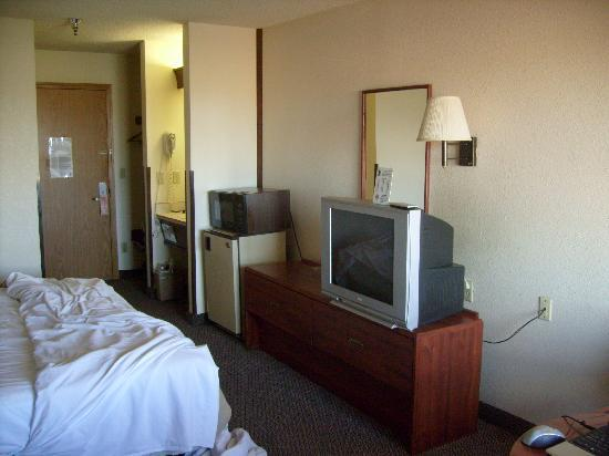 Super 8 Baker City: 2nd Floor King Bedded Room