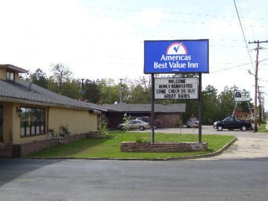 Photo of Americas Best Value Inn Pine Bluff