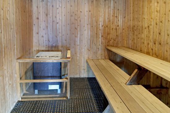 Americas Best Value Inn - Tahquamenon Country: Sauna