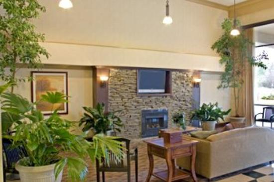 lobby foto de ramada by wyndham birmingham airport. Black Bedroom Furniture Sets. Home Design Ideas