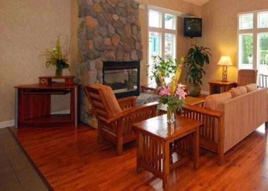 Comfort Inn Half Moon Bay: CADLobby