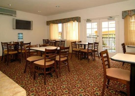 Comfort Inn & Suites Lamplighter: Restaurant