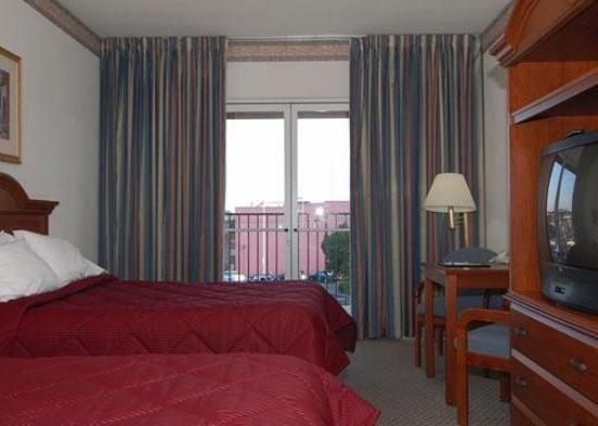 Comfort Inn Hanford: Guest Room