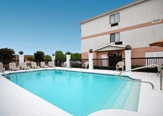 Comfort Inn - Montgomery / Carmichael Rd.: Pool