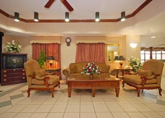 Comfort Inn - Montgomery / Carmichael Rd.: Lobby