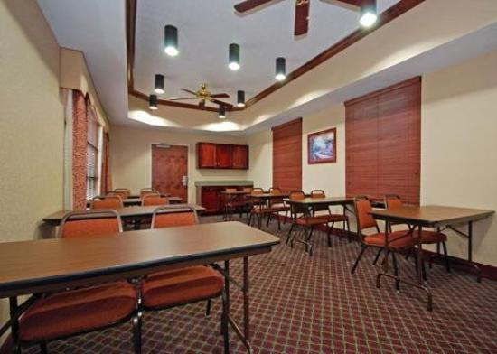 Comfort Inn - Montgomery / Carmichael Rd.: Meeting Room