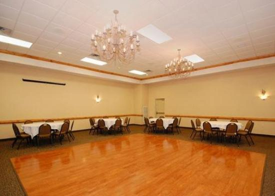 Rodeway Inn & Suites: Meeting Room