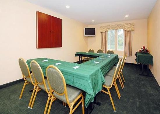 Quality Inn Milford: Meeting Room