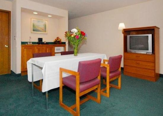 Buffalo Inn & Suites: Meeting Room