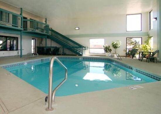 Santa Rosa, NM: Guest Room