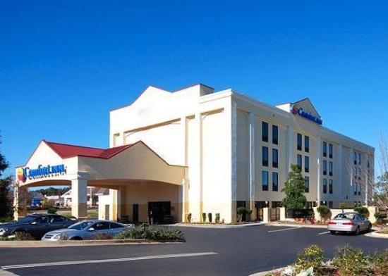 Comfort Inn & Suites Athens: Exterior