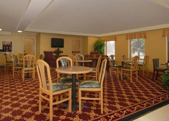 Quality Inn Richmond Airport: Restaurant