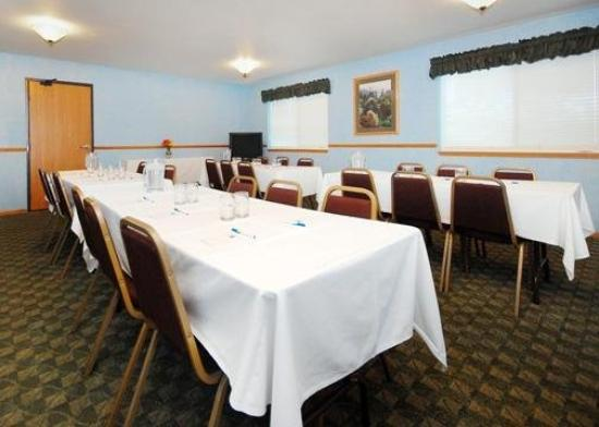 Comfort Inn Janesville: Meeting Room