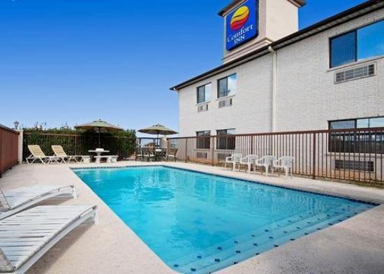 Comfort Inn Cedar Park: Pool
