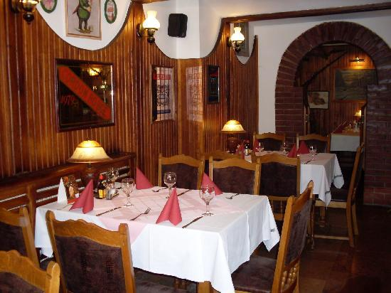 Nimrod Restaurant: tables on the ground floor